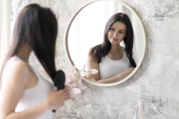 Makeup spejl: derfor kan du ikke undvære det