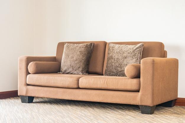 brun sofa